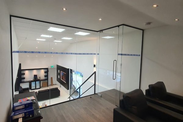 glass-office-partition
